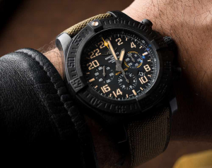 breitling replica avenger huracán reloj militar